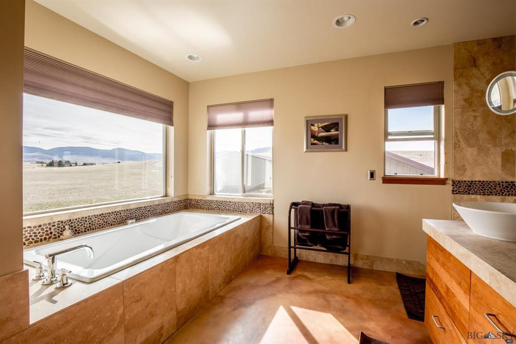 Large Soaking Tub with Incredible Views