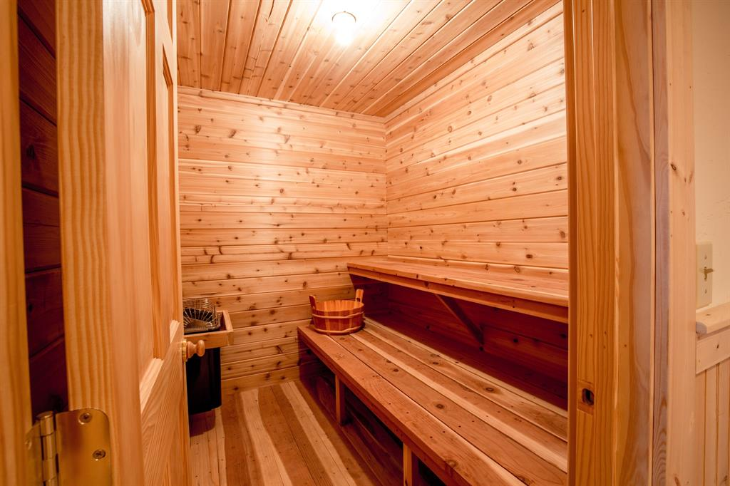 Wet or Dry Sauna